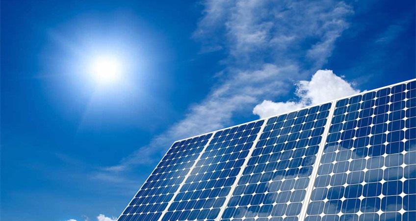 Installation d'un panneau solaire pour réduire la facture d'électricité