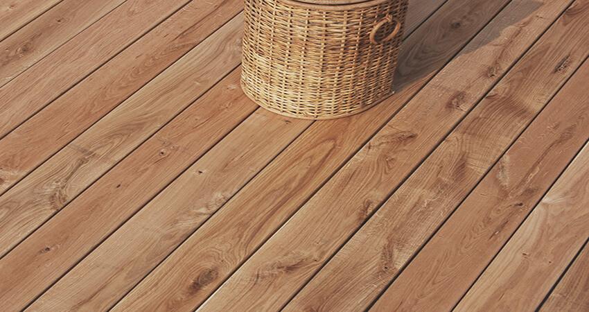 terrasse en bois naturel