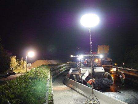 projecteur pour éclairer un chantier